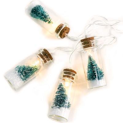 Vánoční LED řetěz Ampule - zelené stromky - 135cm