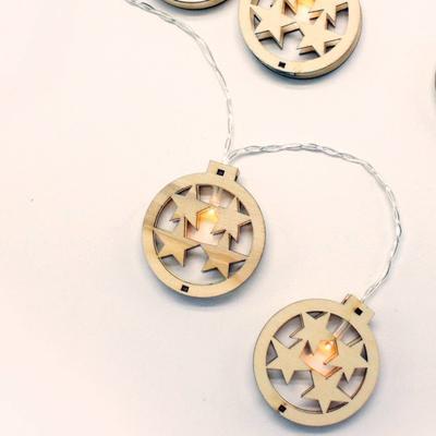 Vánoční LED řetěz Dřevěné Ozdoby časovač - 135cm